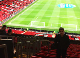 Voetbalreizen Recensie Manchester United - Meneer van Niel